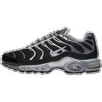 3320d86f11247 air max plus footaction Nike ...